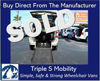 2014 Chrysler Town & Country Touring Wheelchair Van Handicap Ramp Van Pinellas Park, Florida