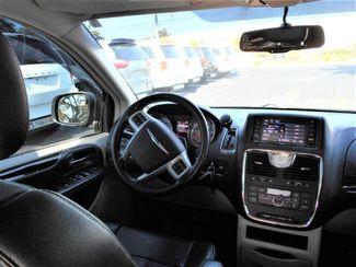 2014 Chrysler Town & Country Touring Wheelchair Van Handicap Ramp Van Pinellas Park, Florida 17