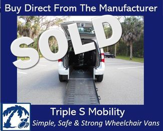 2014 Chrysler Town & Country Touring Wheelchair Van Handicap Ramp Van DEPOSIT Pinellas Park, Florida
