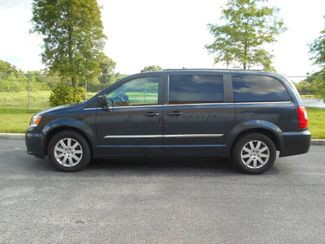 2014 Chrysler Town & Country Touring Wheelchair Van........ Pre-construction pictures. Van now in production. Pinellas Park, Florida