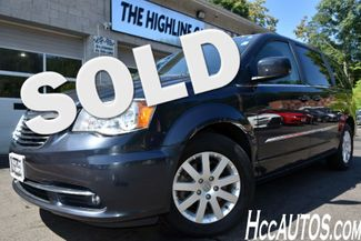 2014 Chrysler Town & Country Touring Waterbury, Connecticut