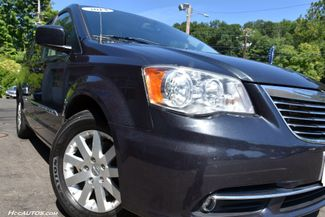 2014 Chrysler Town & Country Touring Waterbury, Connecticut 13