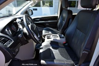 2014 Chrysler Town & Country Touring Waterbury, Connecticut 16