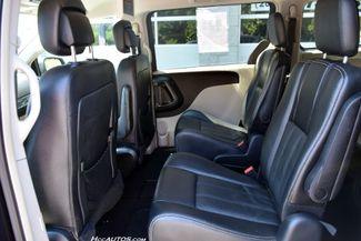 2014 Chrysler Town & Country Touring Waterbury, Connecticut 17
