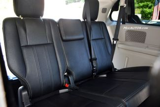 2014 Chrysler Town & Country Touring Waterbury, Connecticut 21