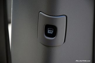 2014 Chrysler Town & Country Touring Waterbury, Connecticut 27