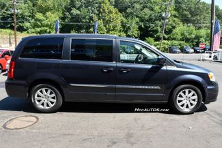 2014 Chrysler Town & Country Touring Waterbury, Connecticut 5