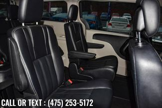 2014 Chrysler Town & Country Touring Waterbury, Connecticut 15