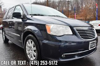 2014 Chrysler Town & Country Touring Waterbury, Connecticut 8