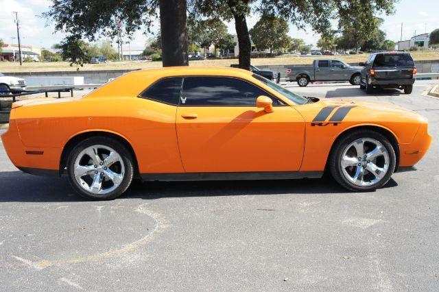 2014 Dodge Challenger R/T in San Antonio, TX 78233