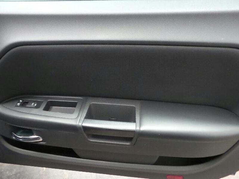2014 Dodge Challenger SXT  in Victoria, MN