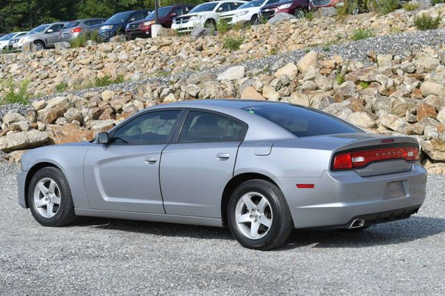 2014 Dodge Charger SE Naugatuck, Connecticut 2