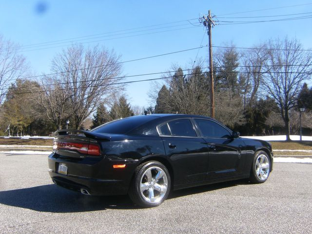 2014 Dodge Charger SXT in West Chester, PA 19382