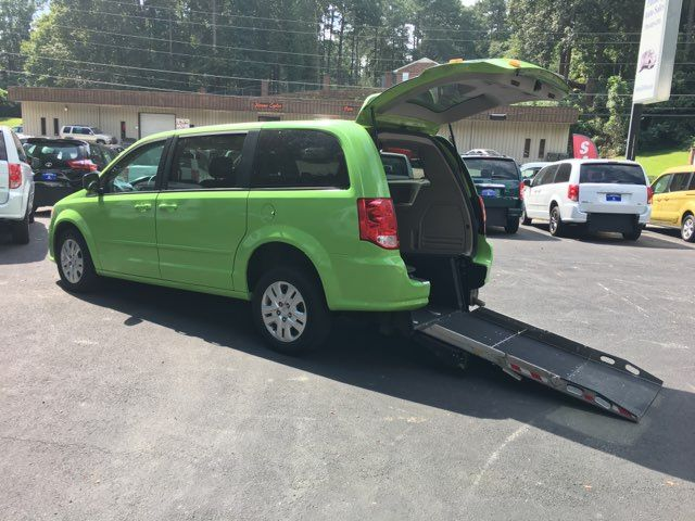 2014 Dodge Grand Caravan SE Plus Wheelchair Accessible Handicap Van