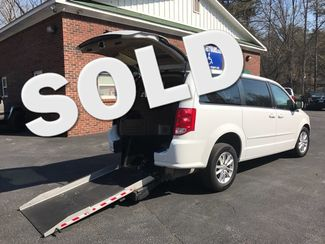 2014 Dodge Grand Caravan SXT handicap wheelchair van Dallas, Georgia 0