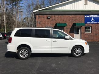 2014 Dodge Grand Caravan SXT handicap wheelchair van Dallas, Georgia 4