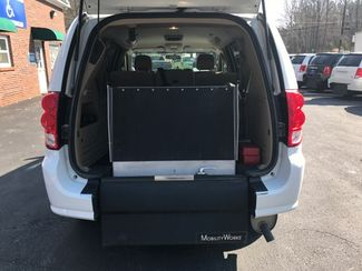 2014 Dodge Grand Caravan SXT handicap wheelchair van Dallas, Georgia 12