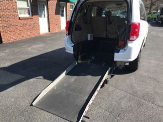 2014 Dodge Grand Caravan SXT handicap wheelchair van Dallas, Georgia 14