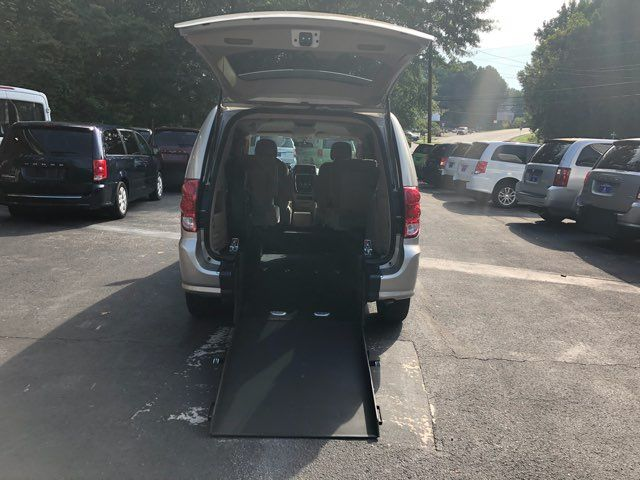 2014 Dodge Grand Caravan handicap wheelchair accessible van Dallas, Georgia 1
