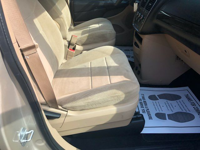 2014 Dodge Grand Caravan handicap wheelchair accessible van Dallas, Georgia 21