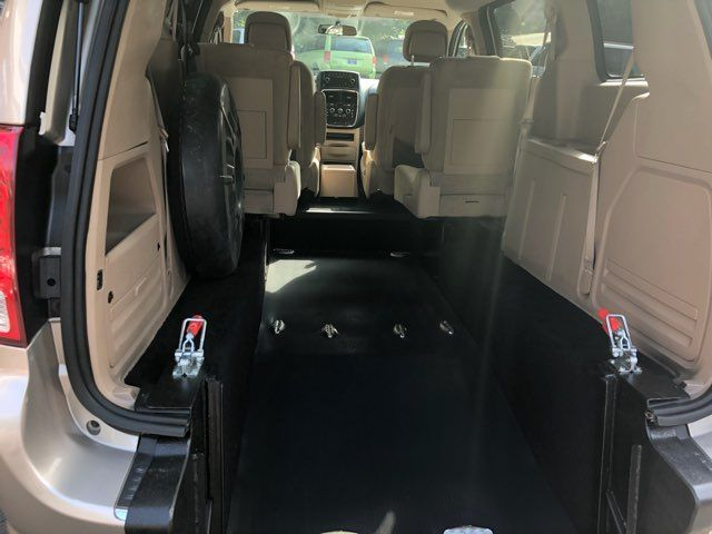 2014 Dodge Grand Caravan handicap wheelchair accessible van Dallas, Georgia 2
