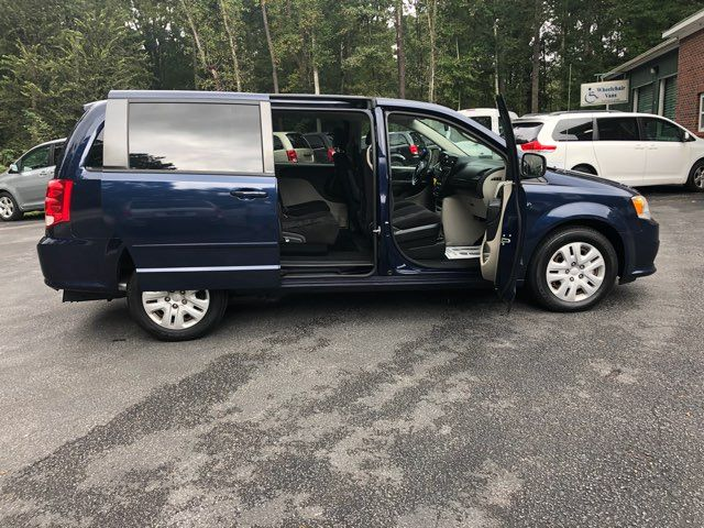 2014 Dodge Grand Caravan SE handicap Accessible Wheelchair Van Dallas, Georgia 17
