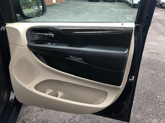 2014 Dodge Grand Caravan SE handicap Accessible Wheelchair Van Dallas, Georgia 19