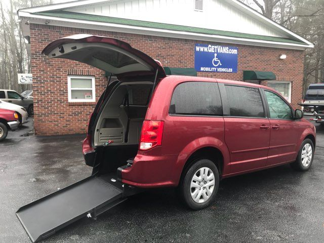 2014 Dodge Grand Caravan handicap wheelchair accessible van Dallas, Georgia