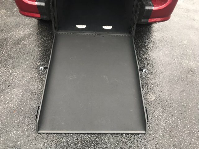 2014 Dodge Grand Caravan handicap wheelchair accessible van Dallas, Georgia 13