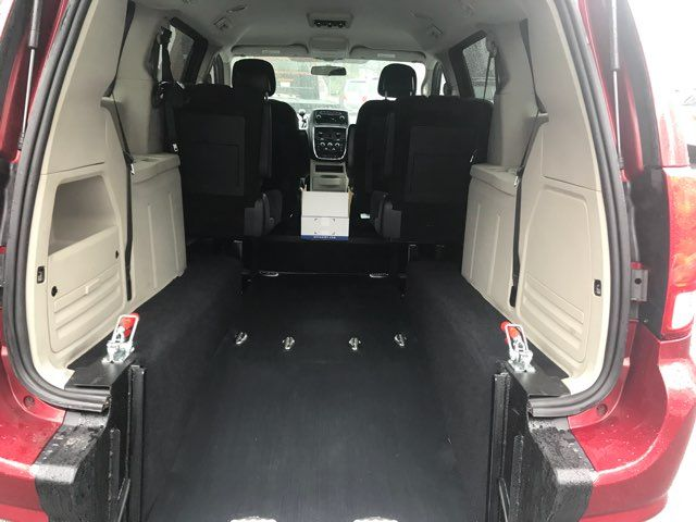2014 Dodge Grand Caravan handicap wheelchair accessible van Dallas, Georgia 14