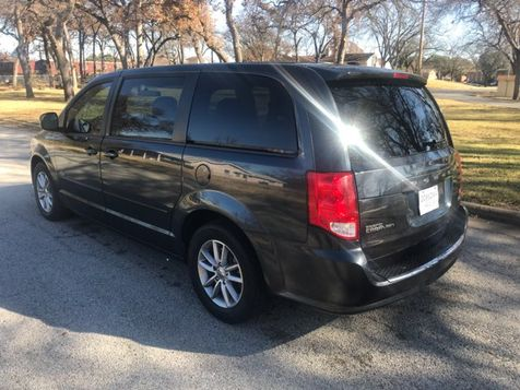 2014 Dodge Grand Caravan R/T Excellant Conition | Ft. Worth, TX | Auto World Sales LLC in Ft. Worth, TX