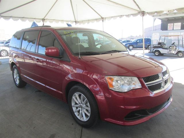 2014 Dodge Grand Caravan SXT Gardena, California 3