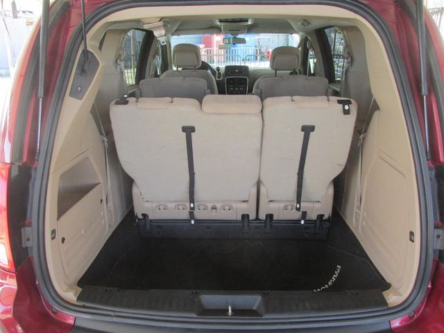 2014 Dodge Grand Caravan SXT Gardena, California 10