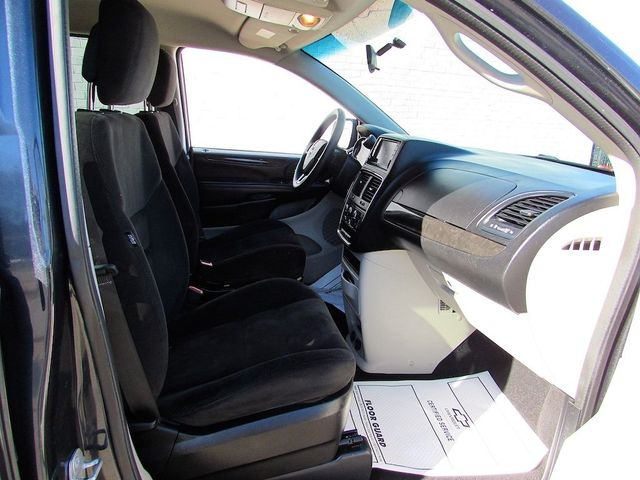 2014 Dodge Grand Caravan SE Madison, NC 32