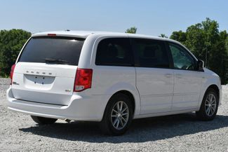 2014 Dodge Grand Caravan SE 30th Anniversary Naugatuck, Connecticut 4