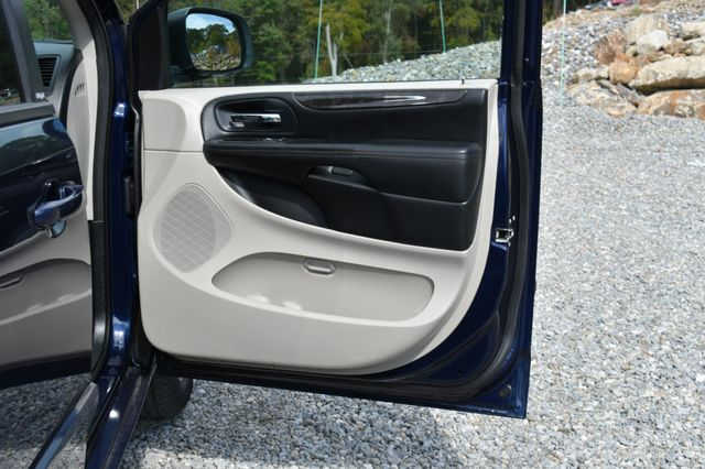 2014 Dodge Grand Caravan SE Naugatuck, Connecticut 10