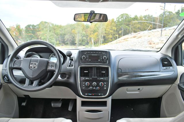 2014 Dodge Grand Caravan SE Naugatuck, Connecticut 16