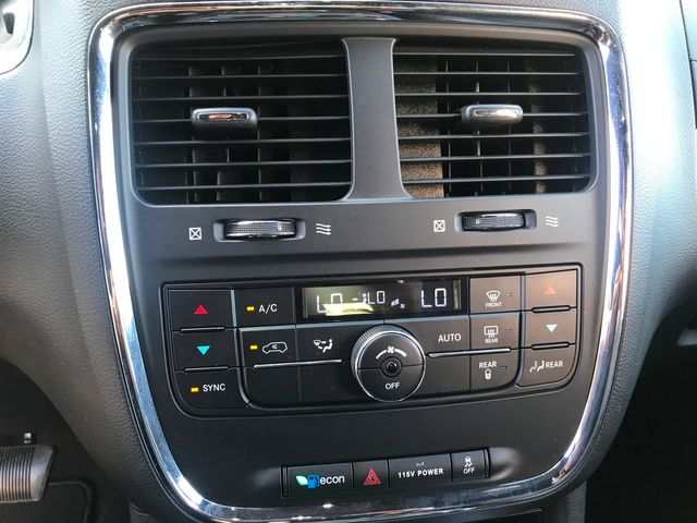 2014 Dodge Grand Caravan R/T w/Leather/Stow Away Seating/Very Clean in Plano, Texas 75074