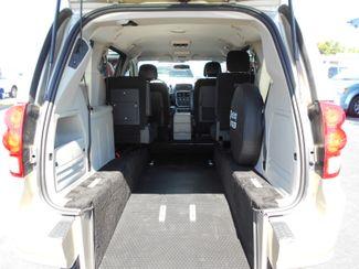 2014 Dodge Grand Caravan Sxt Wheelchair Van Pinellas Park, Florida 4