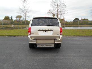 2014 Dodge Grand Caravan Sxt Wheelchair Van Handicap Ramp Van Pinellas Park, Florida 4