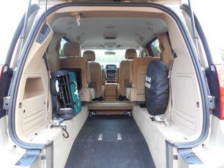 2014 Dodge Grand Caravan Sxt Wheelchair Van Handicap Ramp Van Pinellas Park, Florida 5