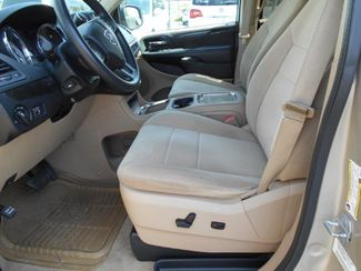 2014 Dodge Grand Caravan Sxt Wheelchair Van Handicap Ramp Van Pinellas Park, Florida 7