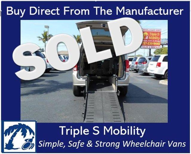 2014 Dodge Grand Caravan Sxt Wheelchair Van Handicap Ramp Van DEPOSIT