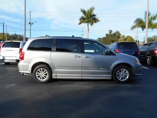 2014 Dodge Grand Caravan Sxt Wheelchair Van Handicap Ramp Van Pinellas Park, Florida 2