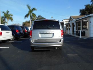 2014 Dodge Grand Caravan Sxt Wheelchair Van Handicap Ramp Van Pinellas Park, Florida 4