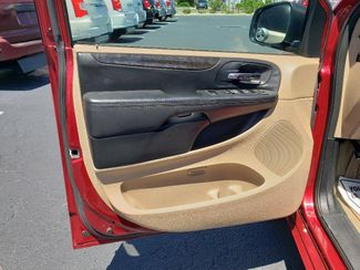 2014 Dodge Grand Caravan Sxt Wheelchair Van Handicap Ramp Van Pinellas Park, Florida 13