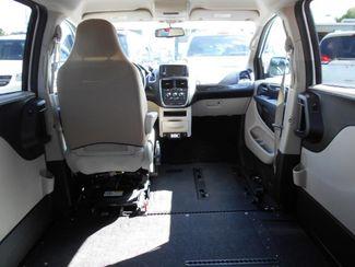 2014 Dodge Grand Caravan Sxt Wheelchair Van Pinellas Park, Florida 11