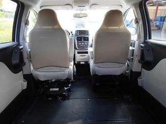 2014 Dodge Grand Caravan Sxt Wheelchair Van Pinellas Park, Florida 6
