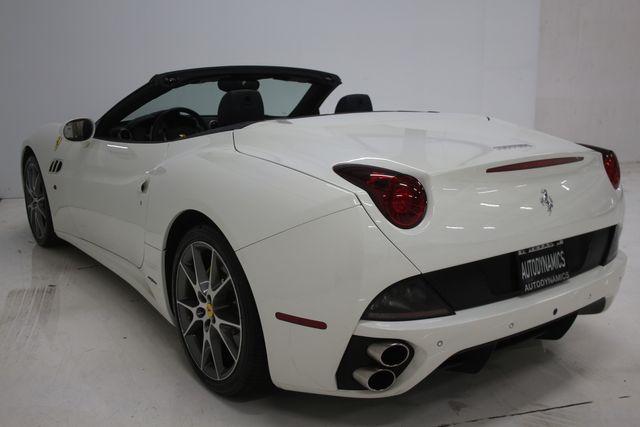2014 Ferrari California Houston, Texas 25