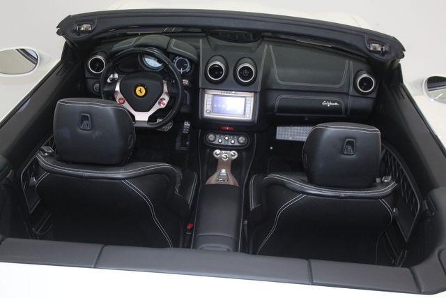 2014 Ferrari California Houston, Texas 26